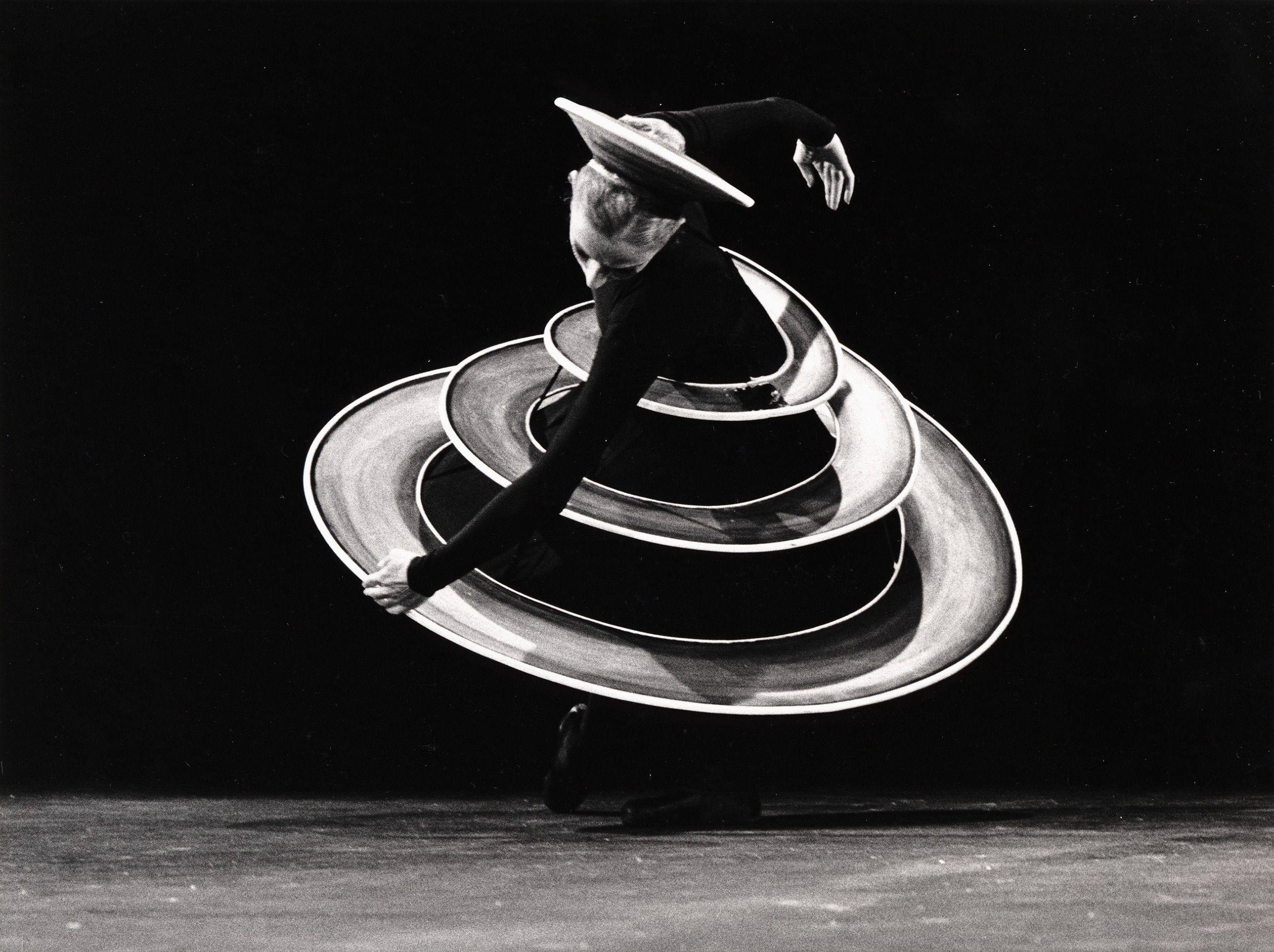 Баухаус танцует: как немецкая школа дизайна изменила танец